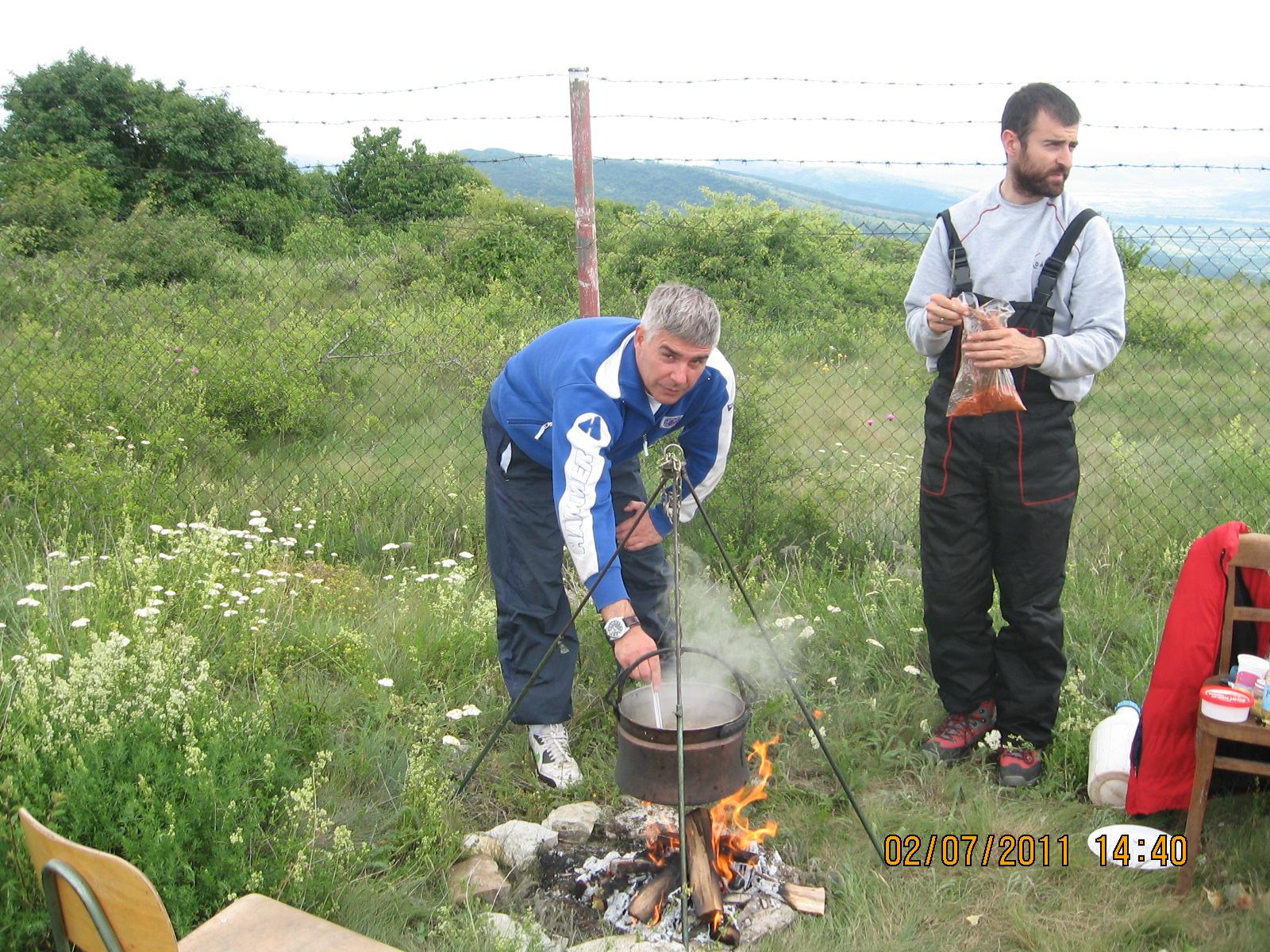 "YU2DXB vs YT1PRM - ""Zlatni kotlić"" YU1INO - Rosomački vis 2011."
